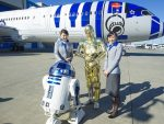 """R2-D2 jet arrives in  Vancouver to promote """"Star Wars: The Force Awakens"""""""